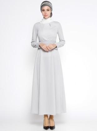 Güpür Kemerli Elbise - Gri