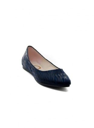 Ayakkabı - Lacivert Ayakkabı Havuzu
