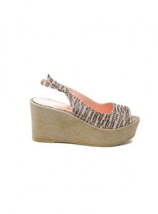 Ayakkabı Havuzu Dolgu Topuklu Ayakkabı - Desenli