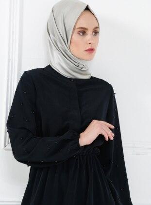 İnci Detaylı Elbise - Siyah
