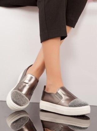 Ayakkabı - Platin Ayakkabı Havuzu