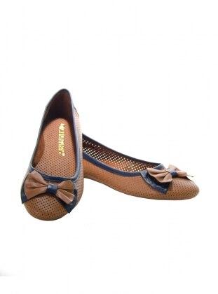 Babet - Taba Ayakkabı Havuzu