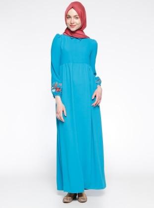 Nakış Detaylı Elbise - Turkuaz Tuncay
