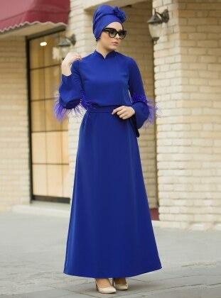 İnci ve Tüy Detaylı Elbise - Saks