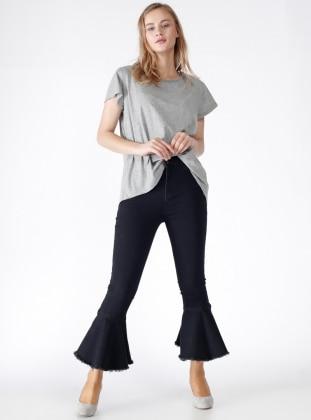Paçası Volanlı Pantolon - Siyah
