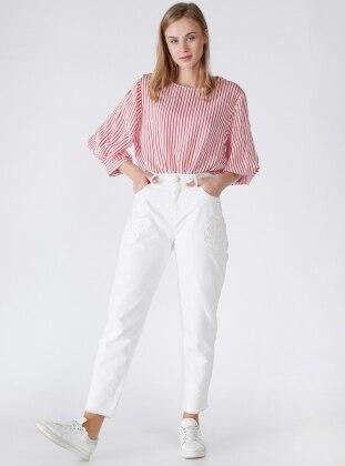 Yaprak Aplikeli Mom Pantolon - Beyaz