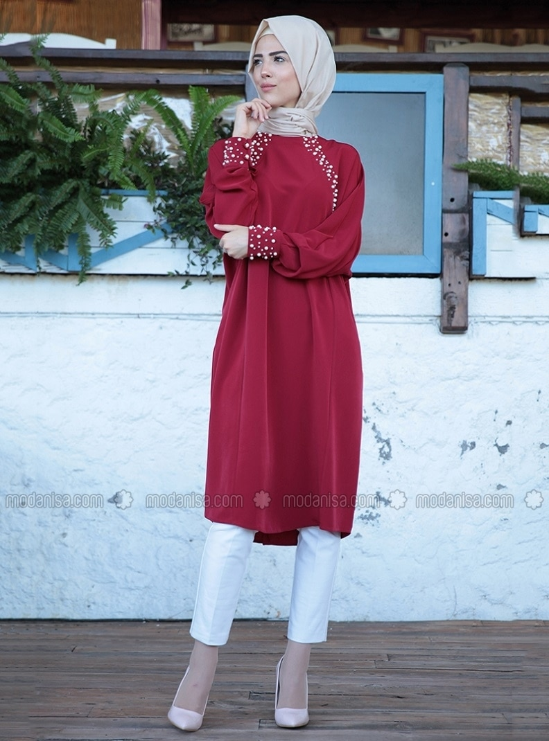 Maroon Crew Neck Tunic Shoes With Embroider Blue 12 Inchi