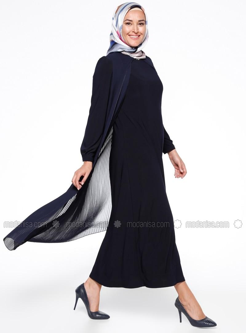 Related pictures armine tak elbise tesett abiye modelleri - Piliseli Abiye Elbise Lacivert Armine