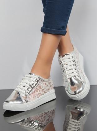 Ayakkabı - Gümüş Ayakkabı Havuzu