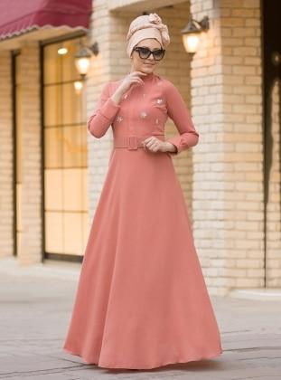 Önü Taş Detaylı Elbise - Somon