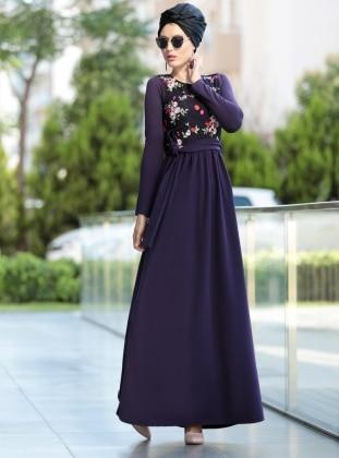 Nakış İşlemli Elbise - Mürdüm