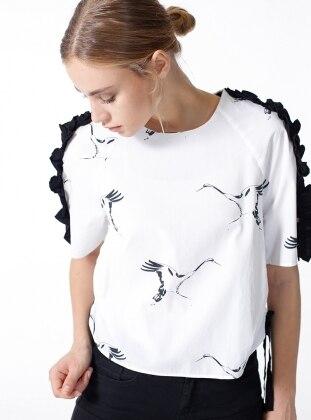 Kolları Fırfırlı Kuş Baskılı Bluz - Beyaz