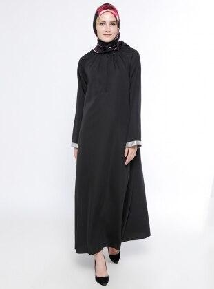 Gizli Düğme Detaylı Elbise - Siyah Belle Belemir