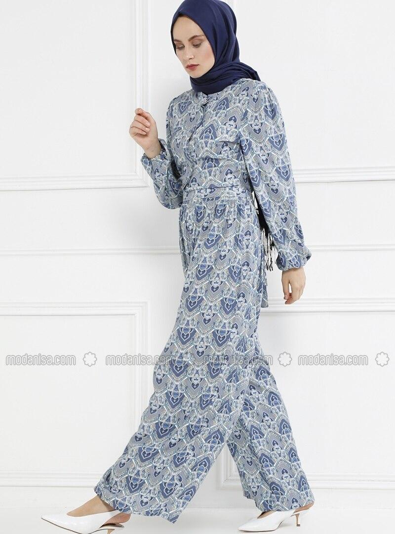 5d3d4e206e0 Blue - Floral - Unlined - Button Collar - Jumpsuit. Fotoğrafı büyütmek için  tıklayın