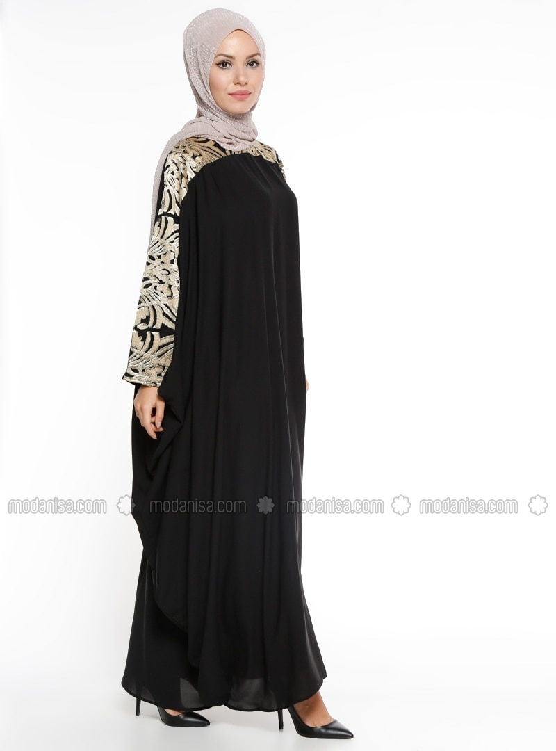 Black   Golden Tone   Unlined   Crew Neck   Abaya   Filizzade by Modanisa