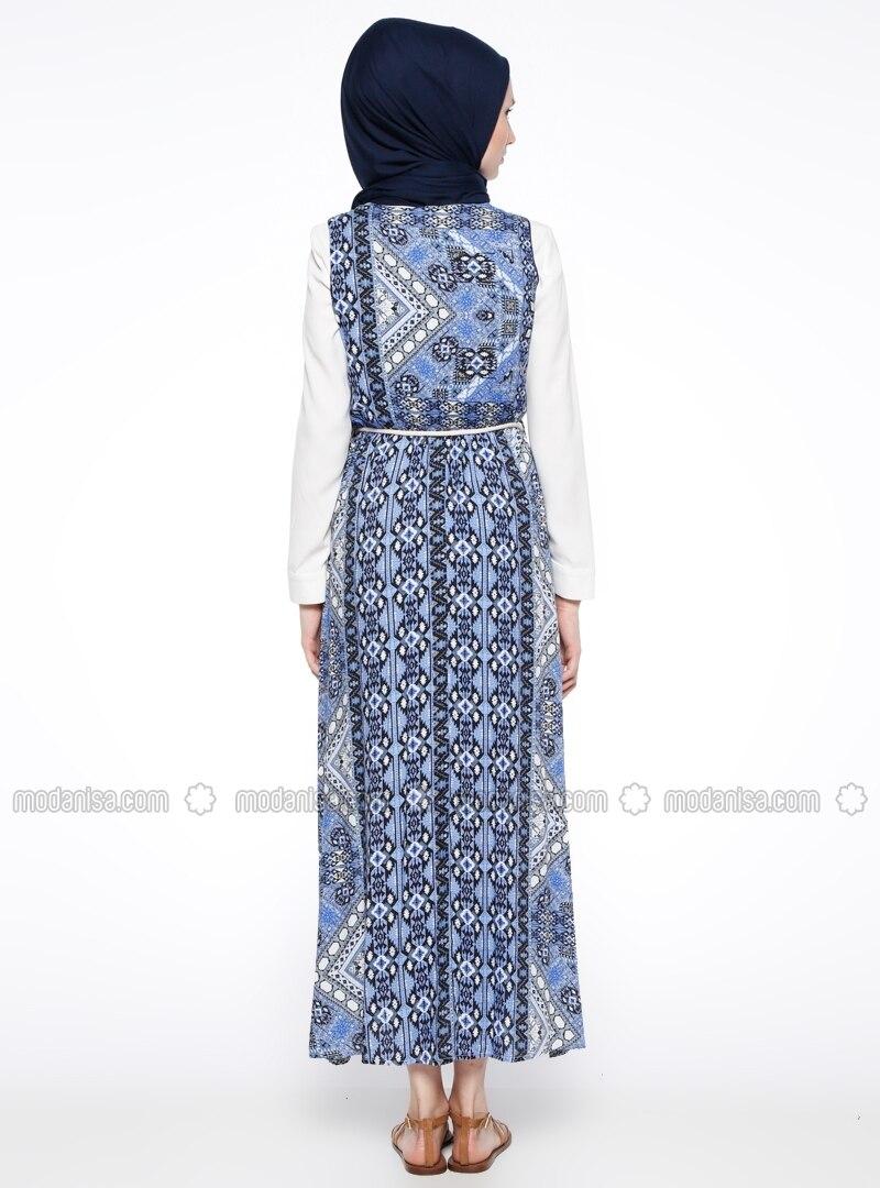 royalblau bunt rundhalsausschnitt mit innenfutter hijab kleid mirliva. Black Bedroom Furniture Sets. Home Design Ideas
