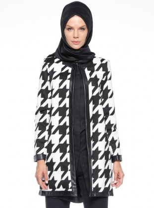 Black - White - Ecru - Houndstooth - Fully Lined - Crew neck - Puffer Jackets
