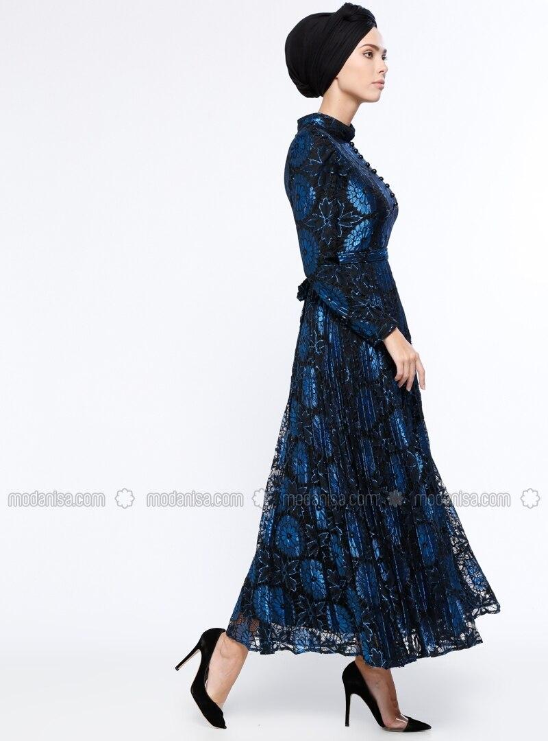 mit innenfutter stehkragen royalblau hijab kleid b r n. Black Bedroom Furniture Sets. Home Design Ideas