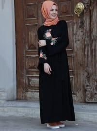 Aplike Detaylı Abaya Ferace - Siyah - İz Otantik