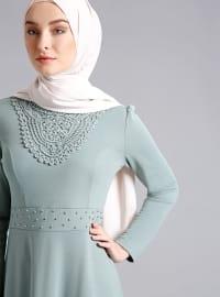 İnci Detaylı Elbise - Su Yeşili - Refka