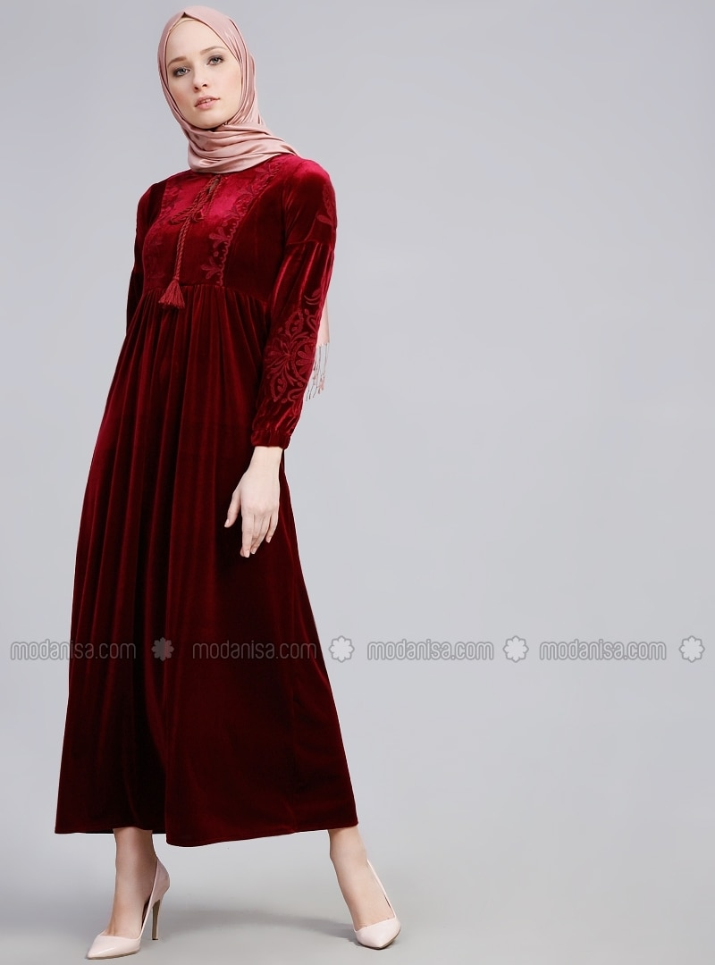 4e5a3c1e498 Maroon - V neck Collar - Unlined - Dresses. Fotoğrafı büyütmek için tıklayın