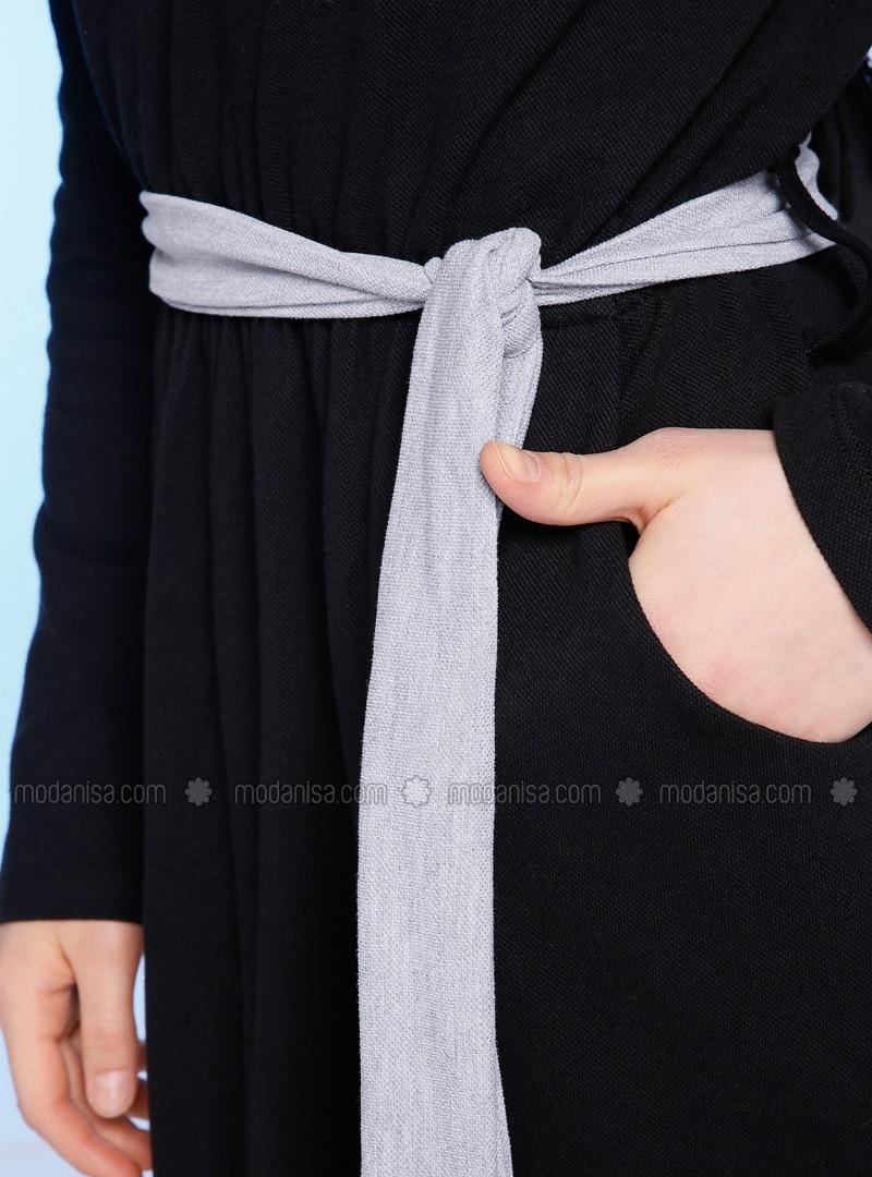 a01946374f7c3 Doğal Kumaşlı Spor Elbise - Siyah