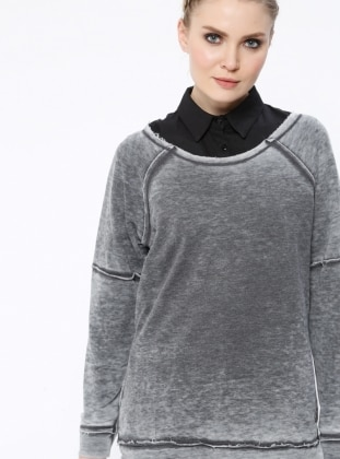 Gray - Crew neck - Blouses