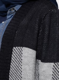 Navy Blue - Checkered - Cardigan