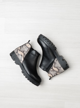 Black – Beige – Boot – Boots – Bambi