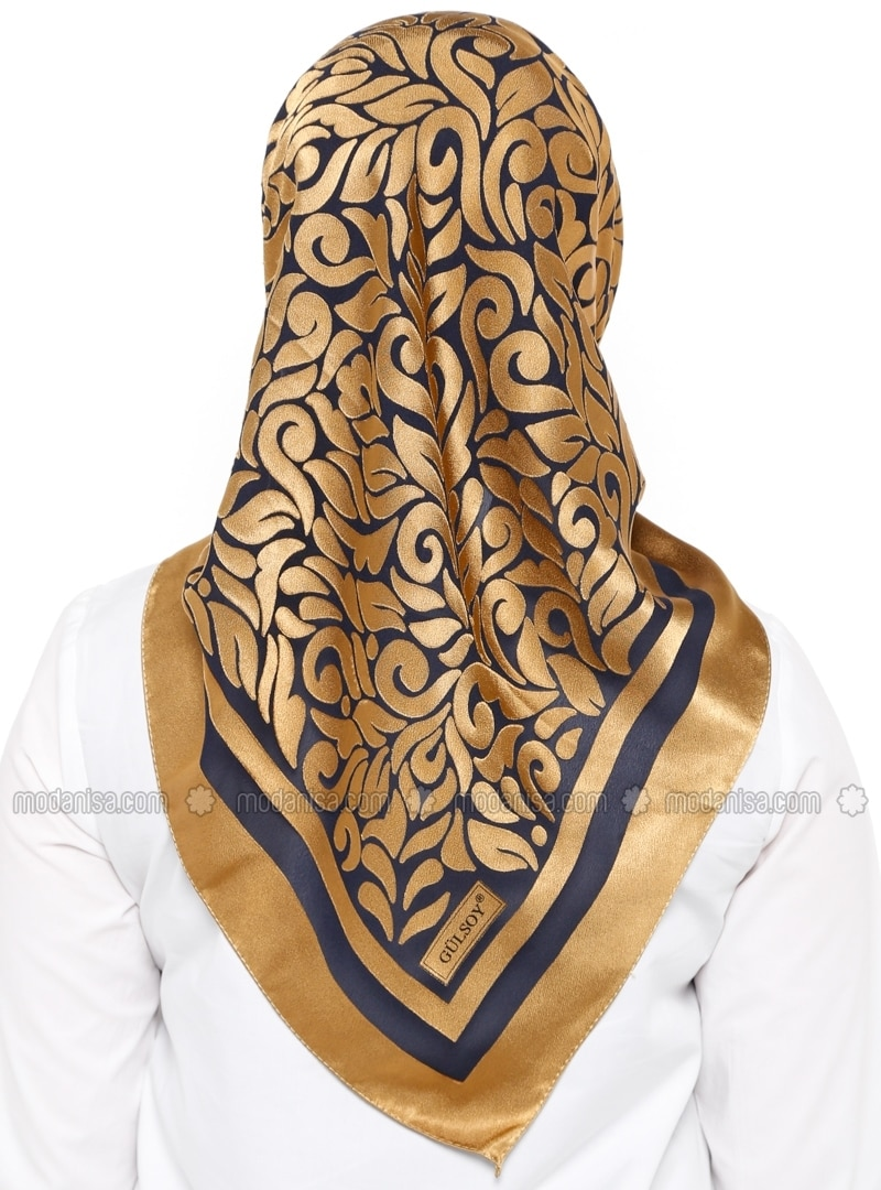 jacquard scarf how to wear