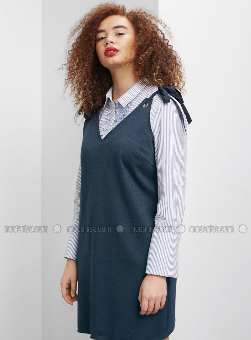 73b0600574e4 Blue - Stripe - V neck Collar - Unlined - Dresses