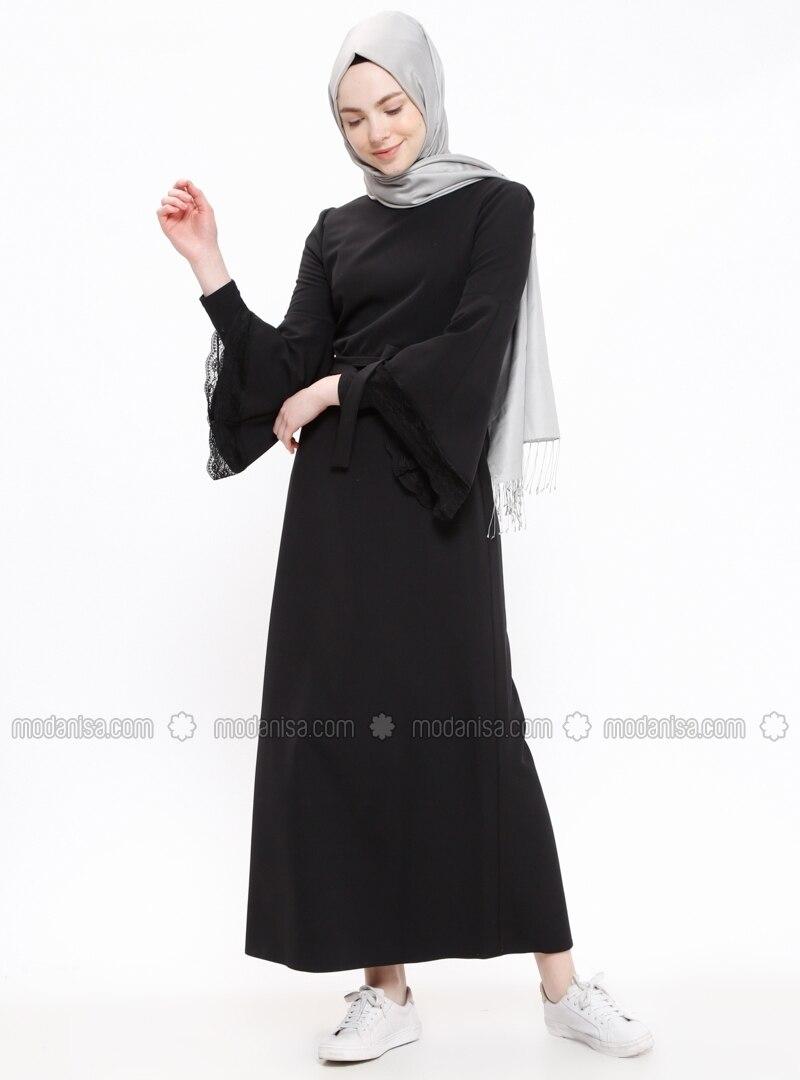 585b224a51063 Kolları Dantelli Elbise - Siyah