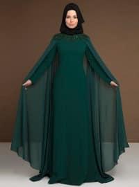Yakası Boncuk İşlemeli Pelerinli Abiye Elbise - Yeşil - MODAYSA