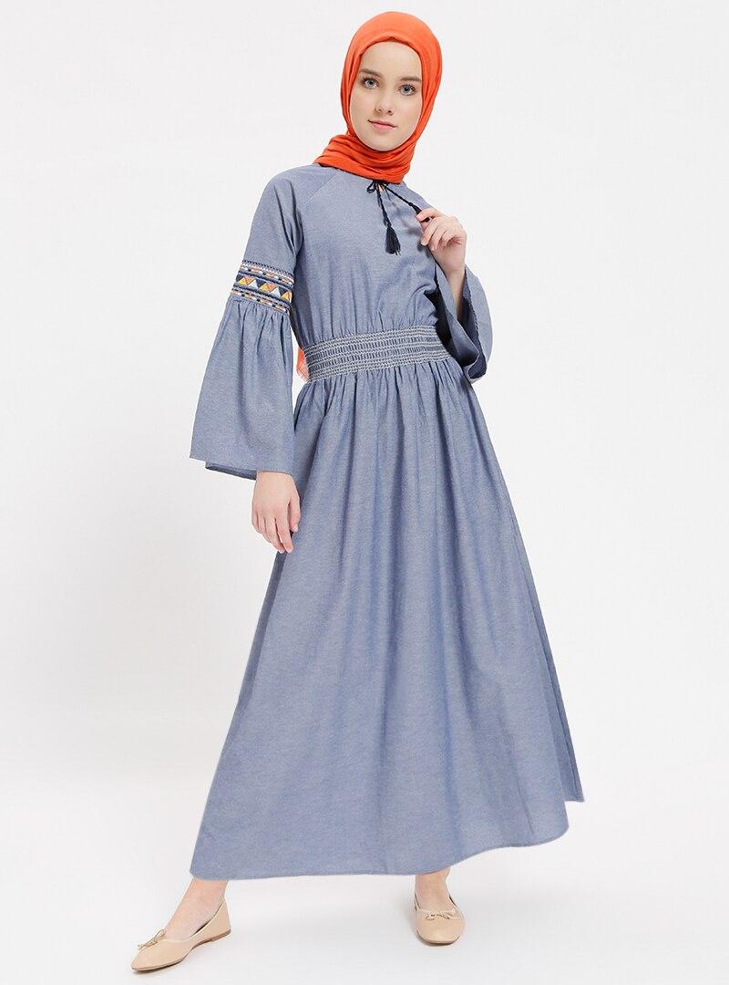 5a56183a76bcd Benin İndigo Mavi Nakışlı Beli Lastikli Elbise | ElbiseBul
