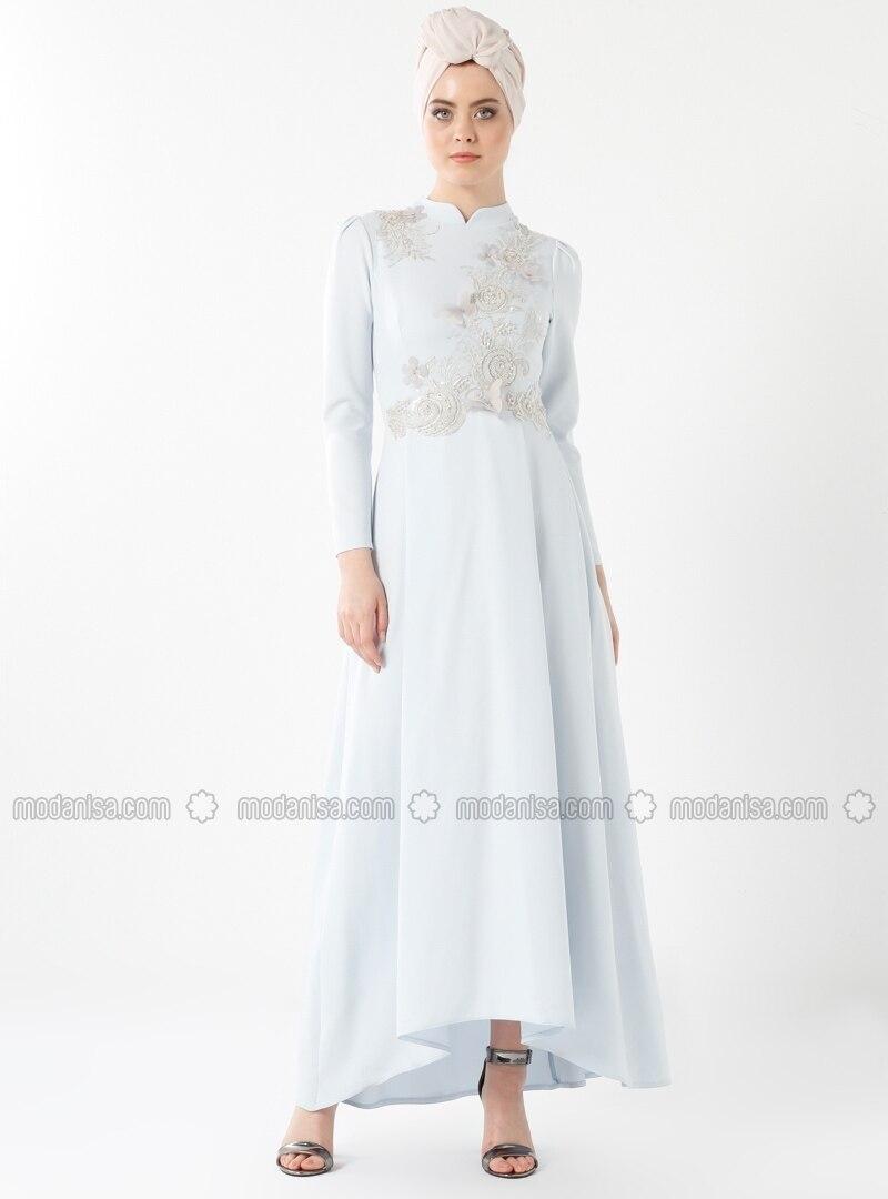 Kim elbiseler-laleler