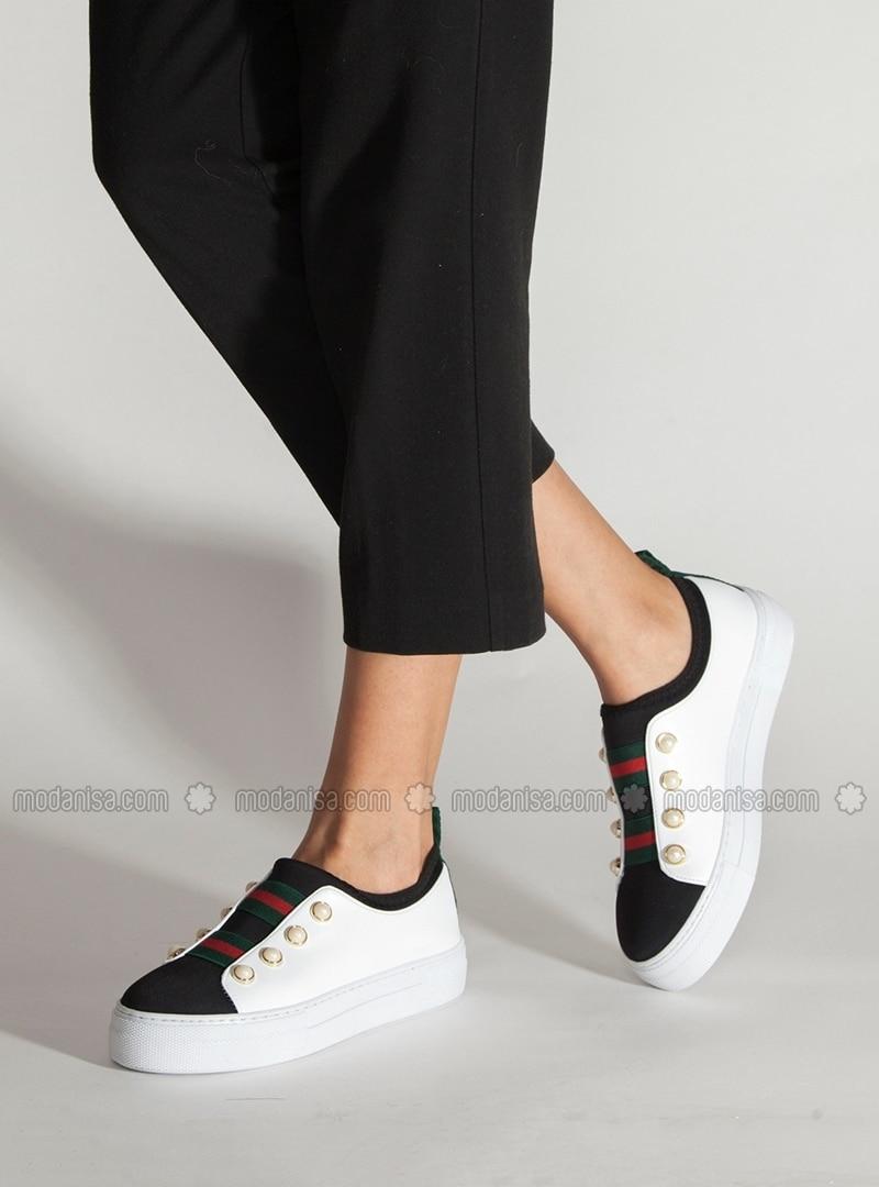 Etiket: ayakkabı modası