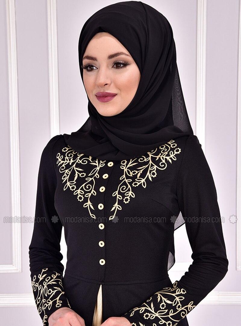 5b77b4951a780 Ön Aplike Düğmeli Abiye Elbise - Siyah
