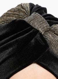 Black - Gold - Plain - Instant Scarf