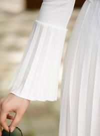 White - Crew neck - Dresses