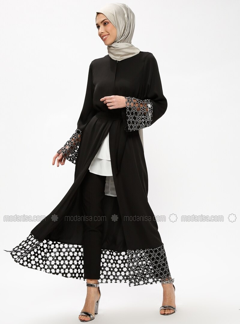 Black - Silver tone - Unlined - Crew neck - Abaya