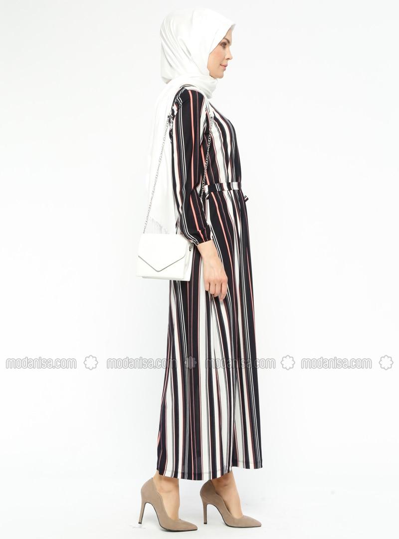 Bu Trendi Takip Edin: Çizgili Kıyafetler