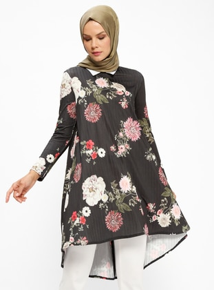 Black – Floral – Point Collar – Tunic – Pilise
