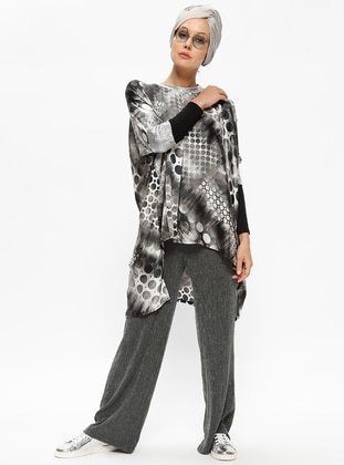 Gray - Multi - Crew neck - Blouses