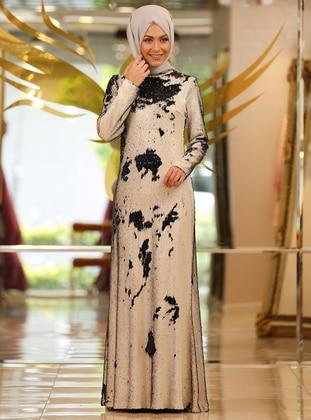 44fdadc521be3 Minel Aşk Tesettür Giyim Modelleri En Uygun Ucuz Fiyatlara Satın Al