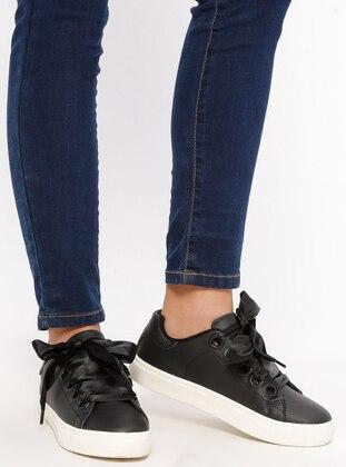 Spor Ayakkabı - Siyah Beyaz - Letoon Ürün Resmi