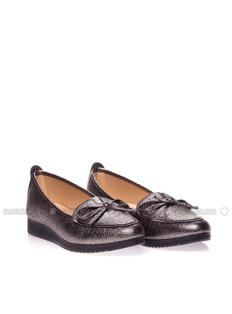 Silver Tone - Casual - Sandal