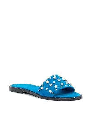 Terlik Ayakkabı Modası Mavi
