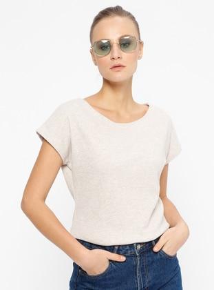 Geniş Yakalı Tişört - Bej - CAMDEN TOWN Ürün Resmi