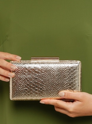 Golden tone - Clutch Bags / Handbags