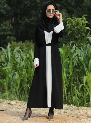 Black - White - Unlined - Crew neck - Abaya